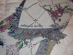 Manual Woodworkers and Weavers Tapestry blanket throw Bees N
