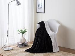 DaDa Bedding Black Throw Blanket - Midnight Zig Zag Chevron