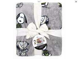 Berkshire Blanket Peanuts Halloween VelvetLoft® Throw Blank