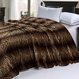 BOON Soft and Thick Faux Fur Sherpa Backing Bed Blanket, Tig