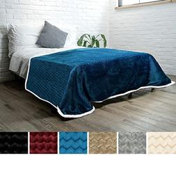PAVILIA Deluxe Sherpa Fleece Blanket for Twin Bed, Couch, So