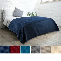 PAVILIA Premium Flannel Fleece Navy Blue Bed Throw Blanket F