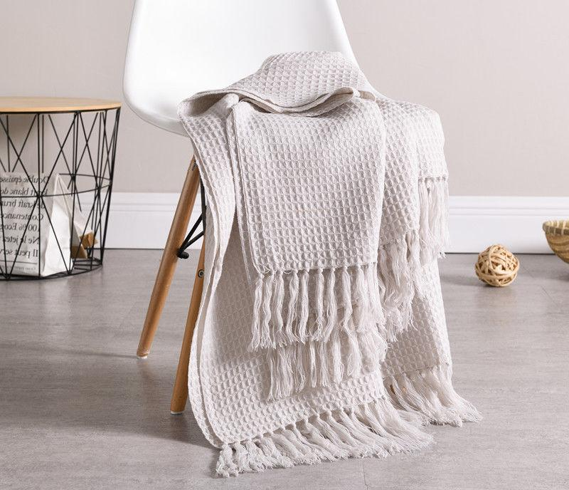 51x67 Soft Knitted Throw Blanket Decorative Fringe Pattern