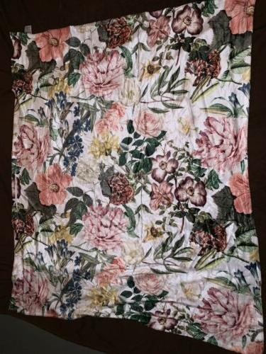 60 x 80 floral polyester fleece throw