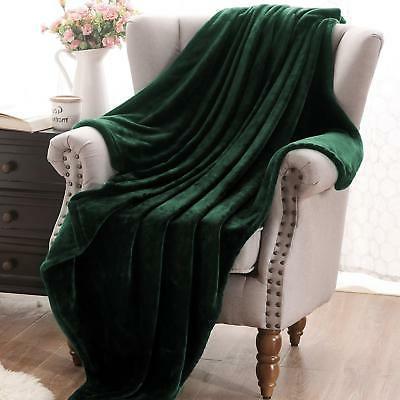 "Exclusivo Mezcla Flannel Velvet Plush Throw Blanket – 70"" (Forest"