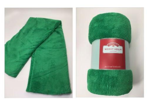 Holiday Time Plush Throw Ireland Green 50 x 60 inches Blanke