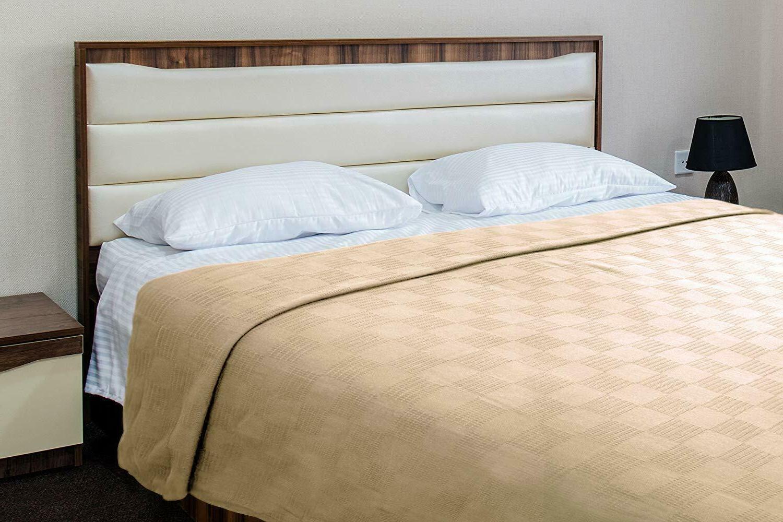 Utopia Bedding Premium Woven Cotton Blanket Breathable Throw