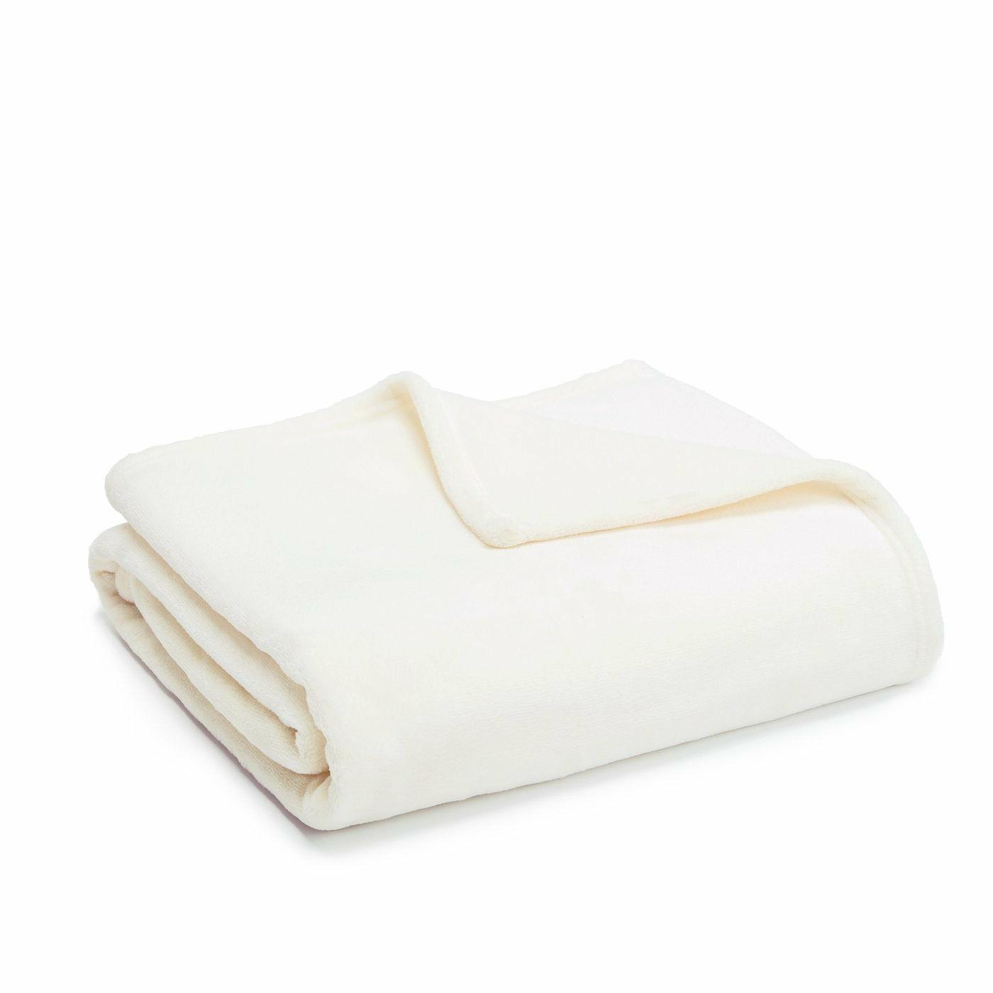 blanket flannel fleece luxury lightweight soft cozy