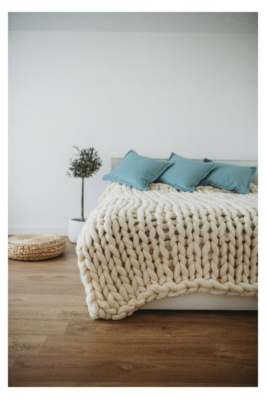 Chunky Knit Merino Wool Throw Arm