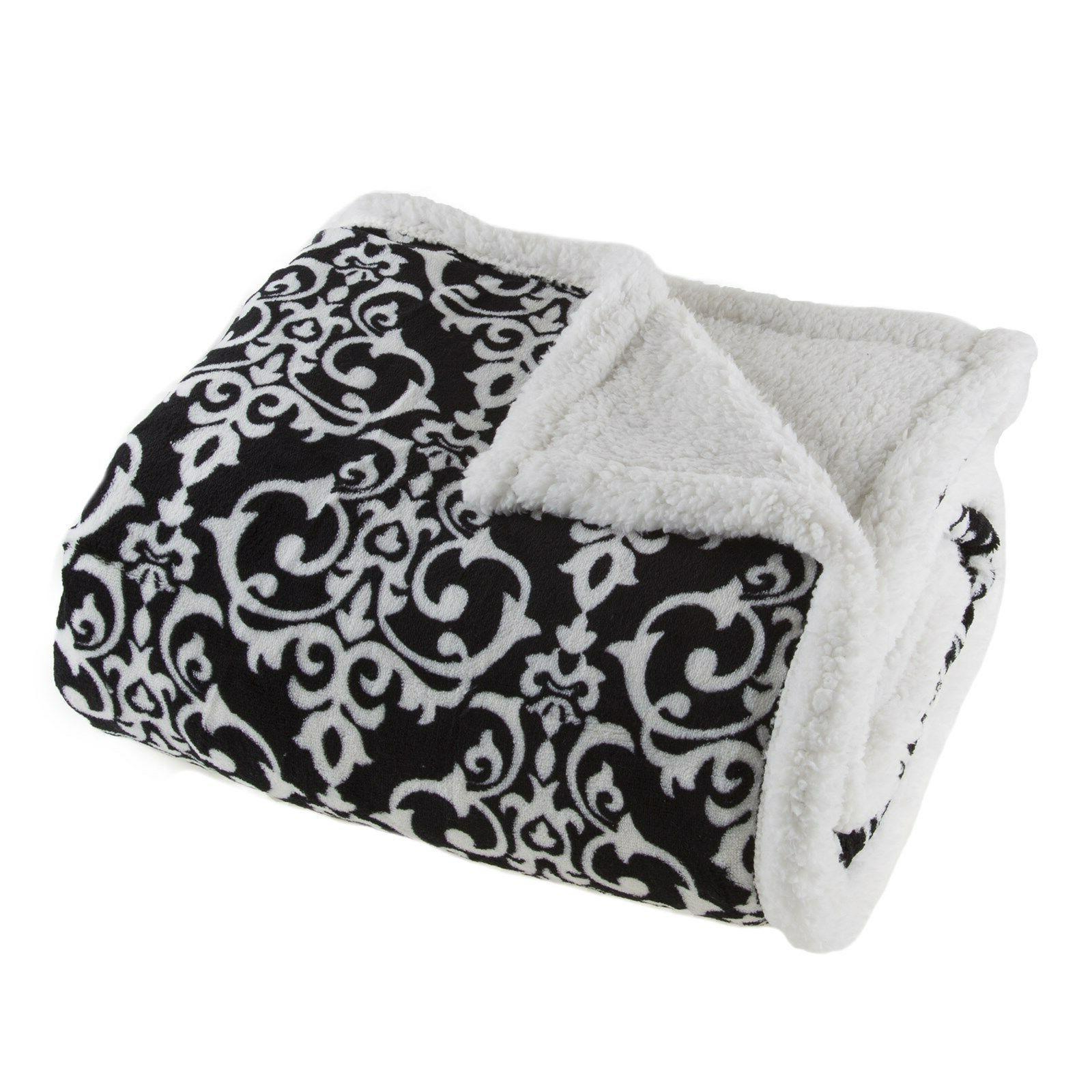 Lavish Home White and Black Throw 50 x