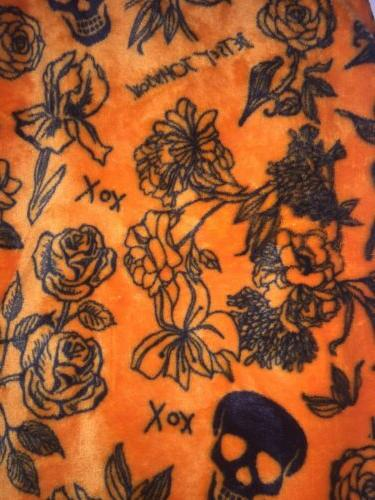 HALLOWEEN Throw Roses Flowers SKULL