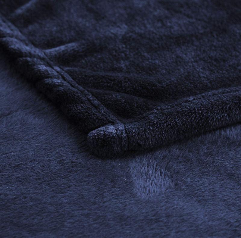 Exclusivo Velvet Blanket Exclusives