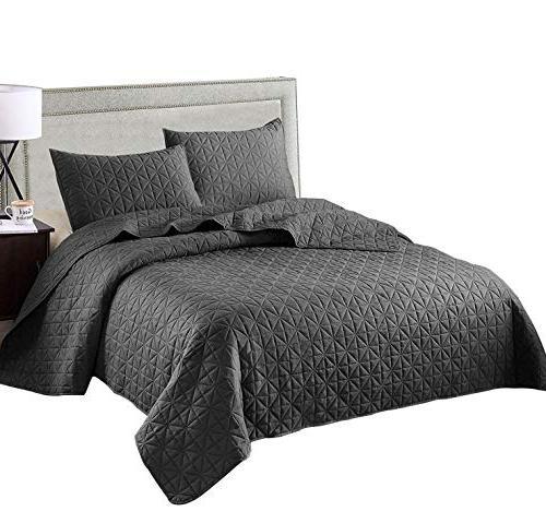 luxury reversible quilt set