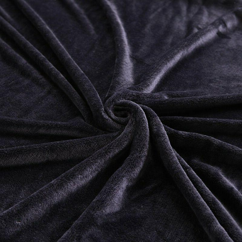 Exclusivo Mezcla Size Flannel Velvet Solid Blanket as Beds