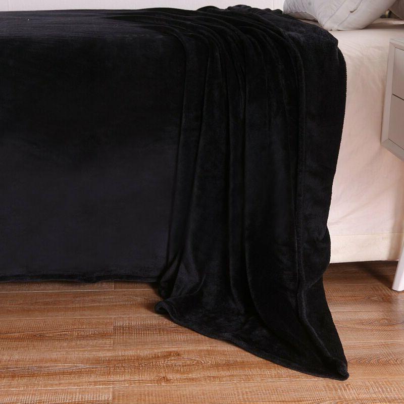 Exclusivo Mezcla Size Flannel Velvet Solid Bed Beds