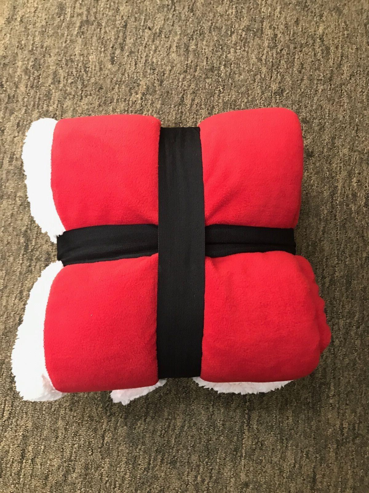 Cabela's Microfleece Throw Blanket Red/White XMAS