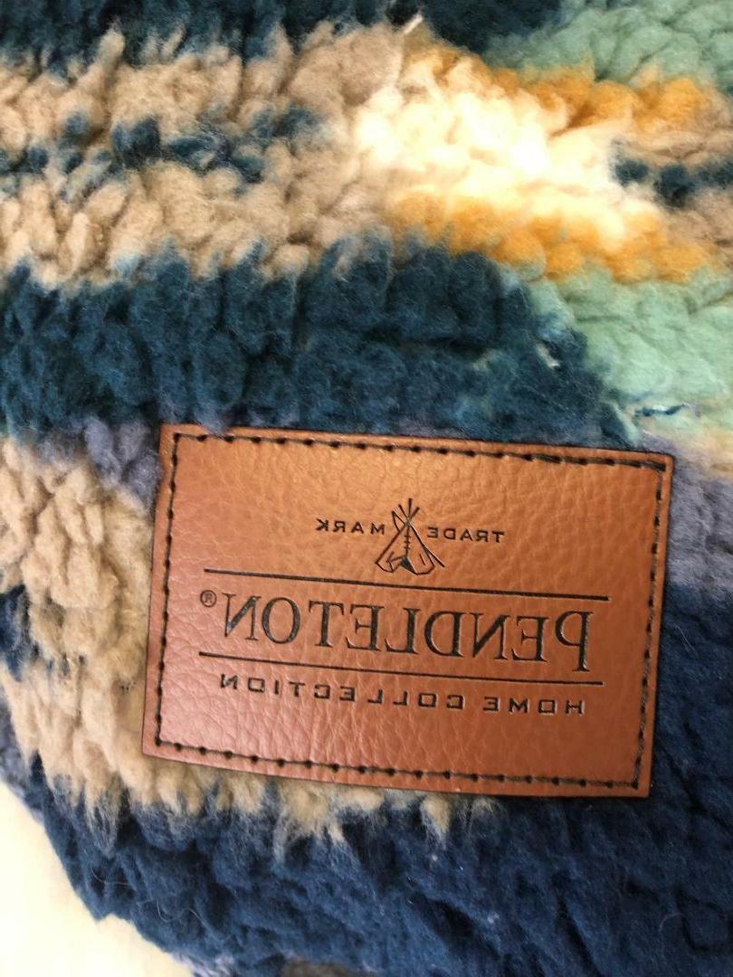 """NEW! Pendleton Aztec Blue Fleece 50"""" x 70"""""""