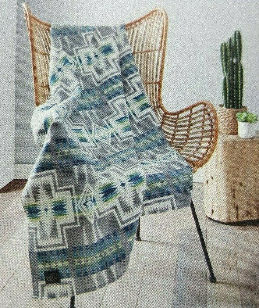 New Pendleton Tribal Gray Turquoise Luxe Throw