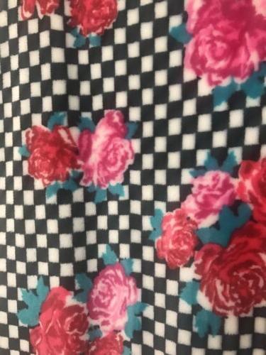 New Betsey Johnson Roses Black Plush Sz.50x70