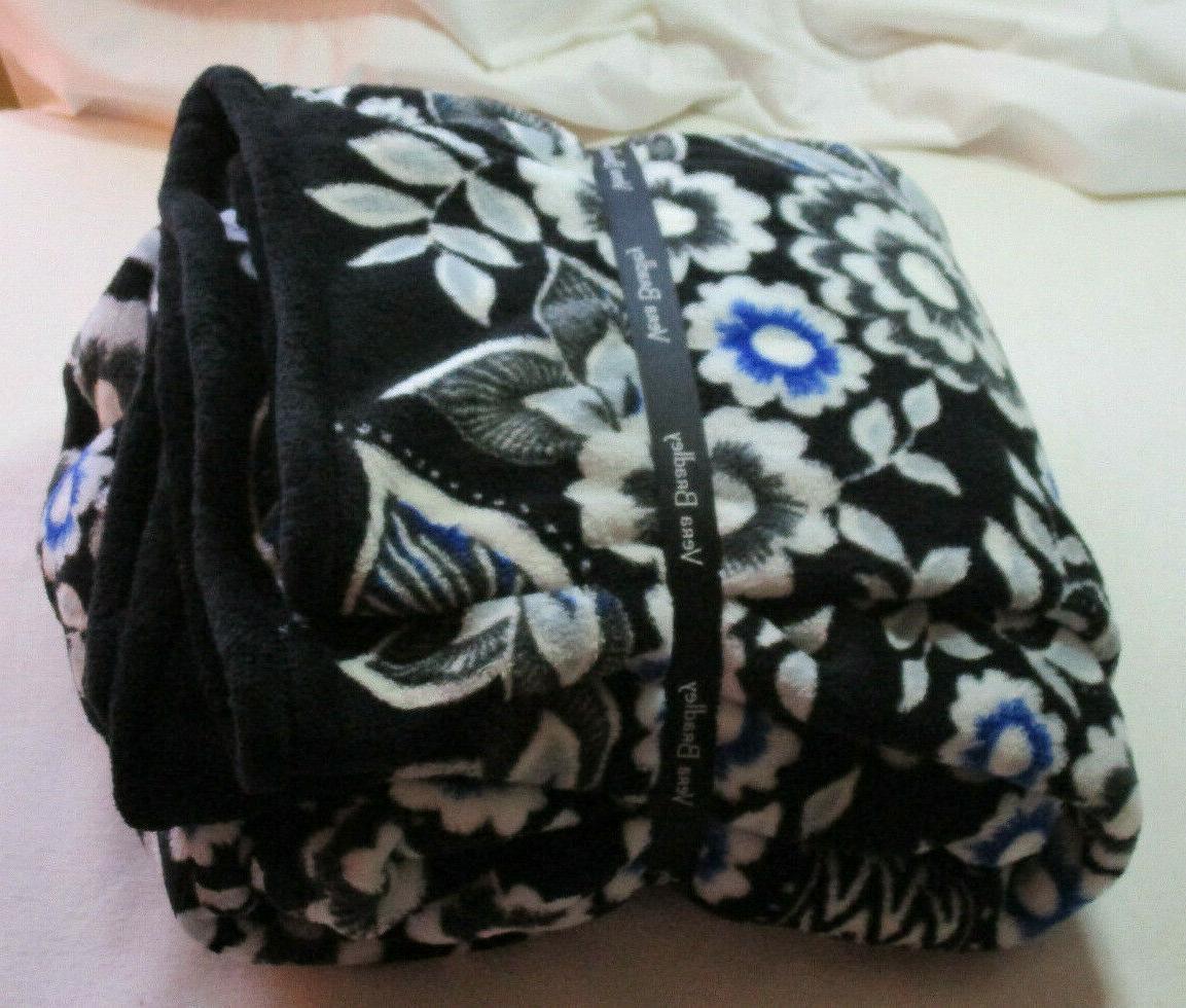 NWT Vera Snow Lotus Throw Blanket 80 X