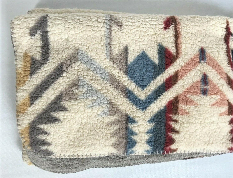 Pendleton ~ Throw Blanket Warm Cream