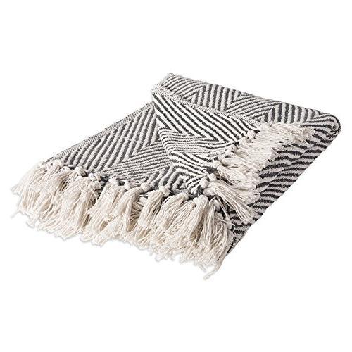 rustic farmhouse cotton chevron blanket