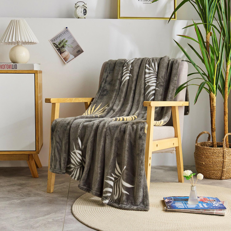 Super Soft Fleece Blanket for Sofa Bed Chair Lightweight Microfiber