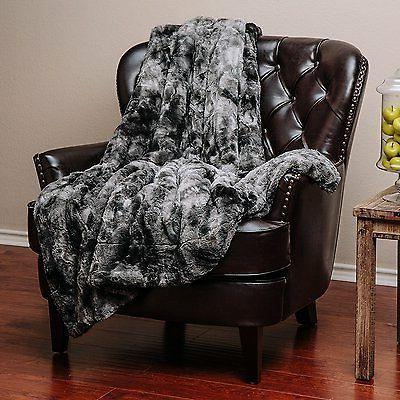 Chanasya Super Soft Sherpa Throw