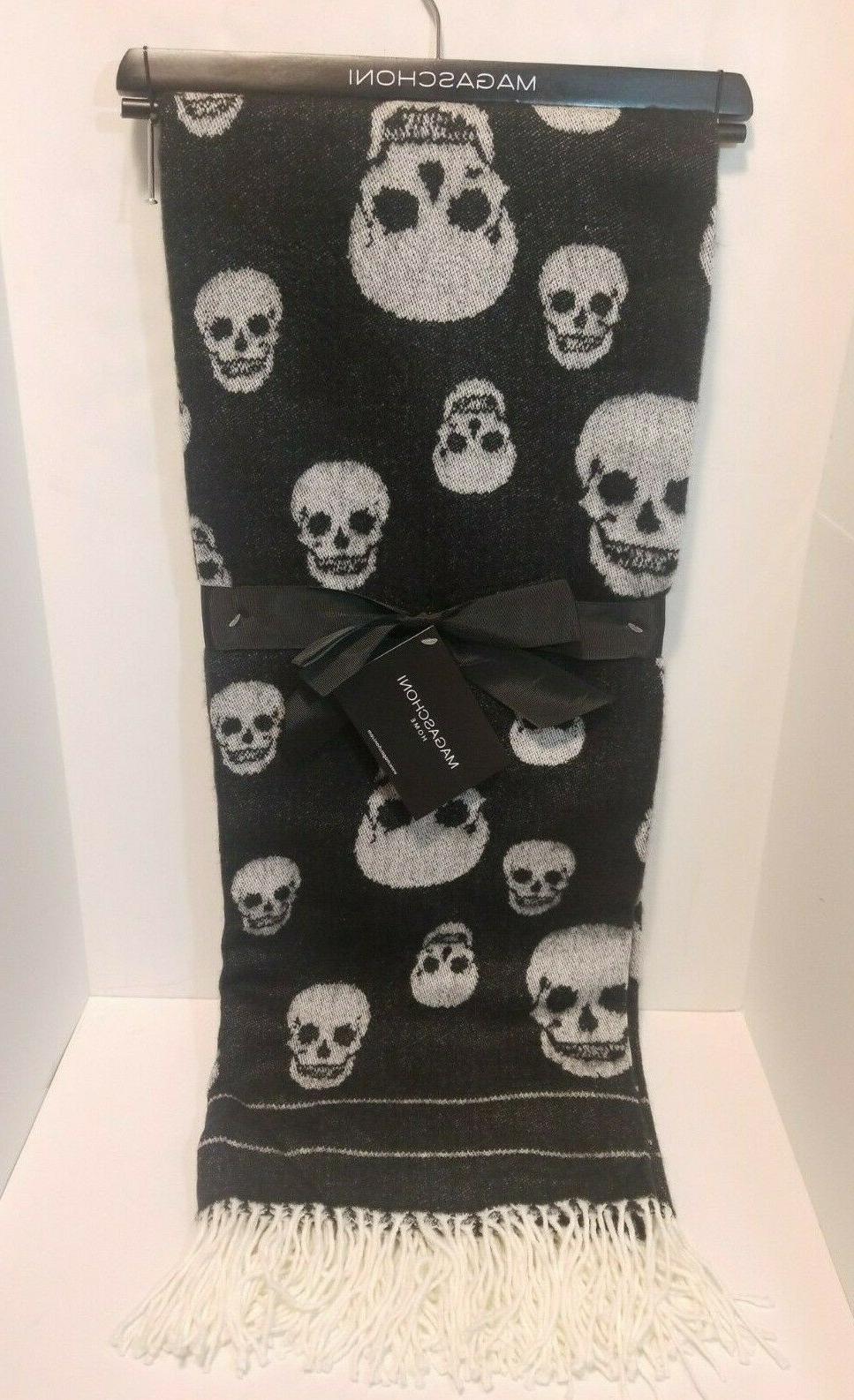 Magaschoni Throw Blanket Decorative Skull Skulls Black White