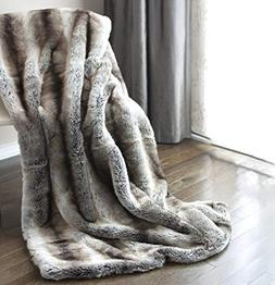 Luxury Faux Fur Oversized Throw Blanket with Plush Velvet Re