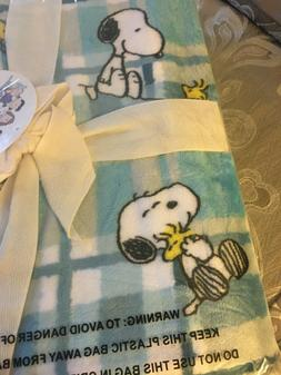 NEW ~ Peanuts BERKSHIRE Velvet Soft Throw Blanket 55 x 70 Sn