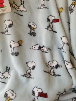 """New Berkshire Blanket Peanuts Snoopy Woodstock 55"""" x 70"""" Blu"""