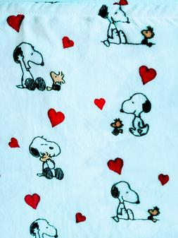 "NEW Berkshire Peanuts Snoopy Woodstock Hearts Fleece 50"" x 7"