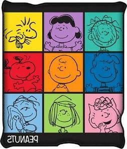 New Peanuts Snoopy Charlie Brown Fleece Plush Throw Gift Bla