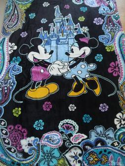 NWT Vera Bradley Disney Mickey and Minnie Mouse Paisley Thro