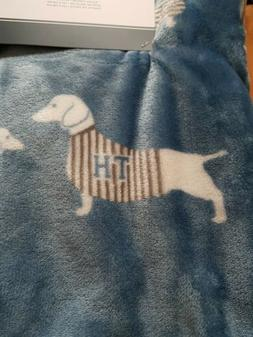 NWT Tommy Hilfiger Light Blue Dog Fleece Blanket Plush Throw