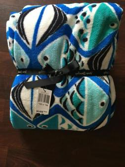 NWT Vera Bradley Plush Throw Blanket In Go Fish Blue  Patter