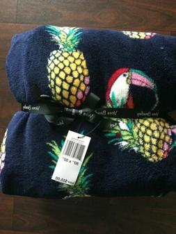 NWT Vera Bradley Plush Throw Blanket In Toucan Party Pattern