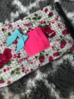 NWT Betsey Johnson Throw Blanket Black Plush 50x70 Checkered