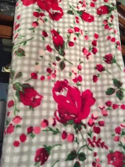 Betsey Johnson Oversized Throw Blanket Red Roses Floral Ging