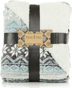 ReLive Reversible Velvet Berber Throw 50 x 60 - Grey Snowfla