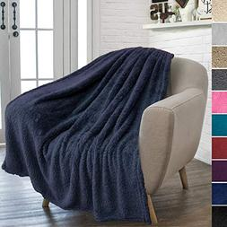 PAVILIA Plush Sherpa Throw Blanket for Couch Sofa | Fluffy M