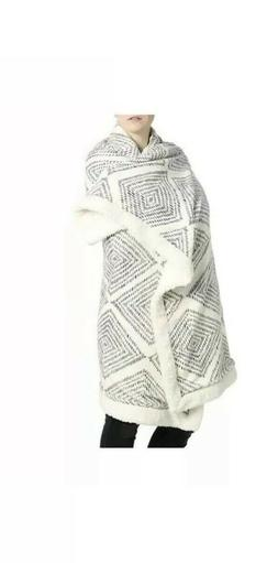 DSW Sherpa Throw Blanket Geometric Print Cream/Gray