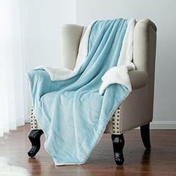 "Bedsure Sherpa Throw Blanket Lt Blue 50""x60"" Reversible Fuzz"