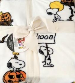 Berkshire Snoopy Halloween Throw Blanket 55 x 70 - Peanuts W