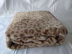 "Berkshire SoftLuxury Oversized Throw 50"" x 70"""