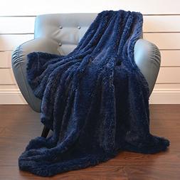 De Moocci Super Soft Shaggy Chic Fuzzy Faux Fur Throw Blanke