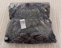 Vera Bradley XL Throw Blanket, Fleece - Blanco Bouquet