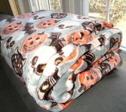 Cynthia Rowley Throw Blanket Fleece Vintage Retro Halloween
