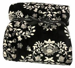Vera Bradley Throw Blanket in Chandelier Noir